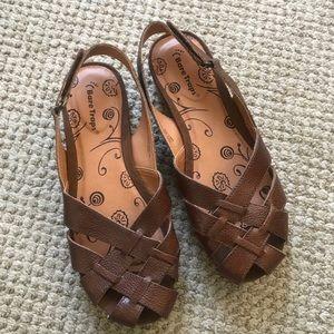 Baretraps woven brown leather Velcro sandals